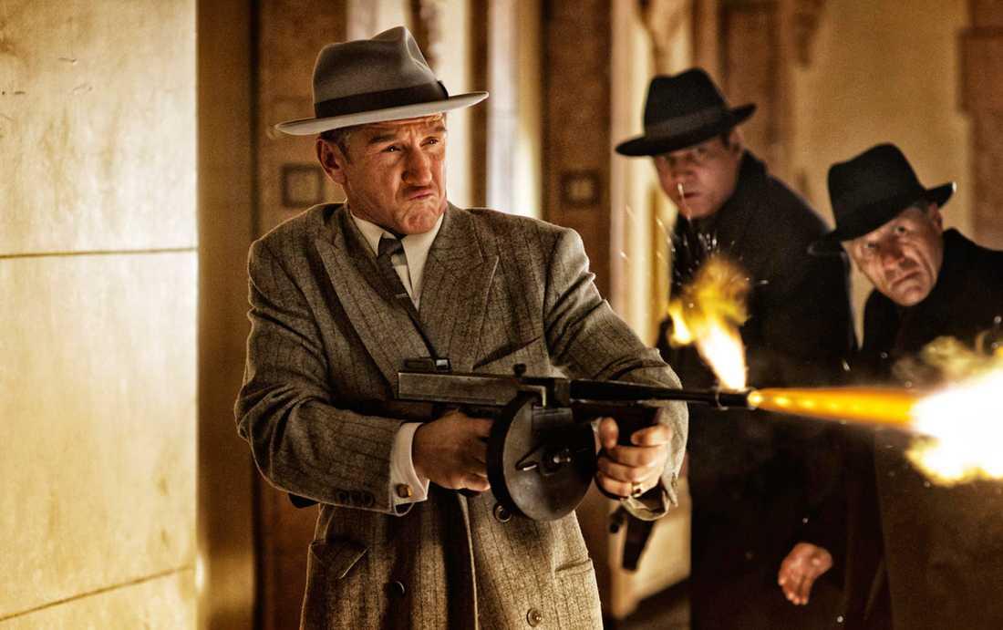 """Premiären för """"Gangster squad"""" flyttas."""