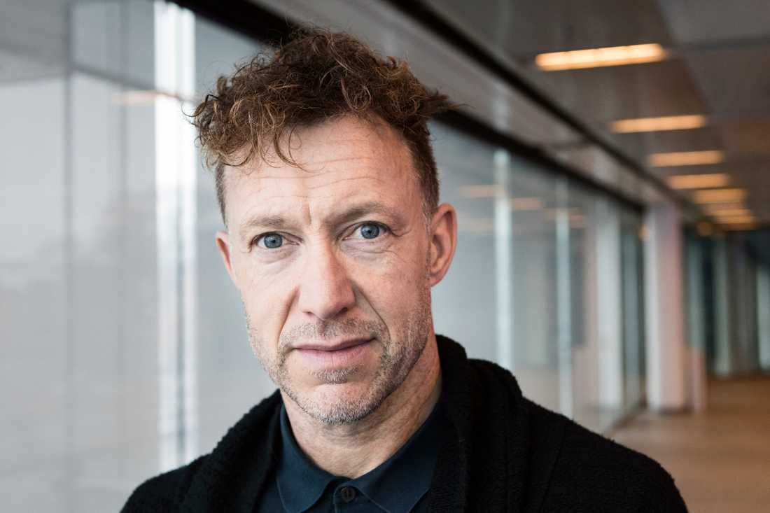 Musikalveteranen Patrik Martinsson spelar prins John när Robin Hood blir musikal.