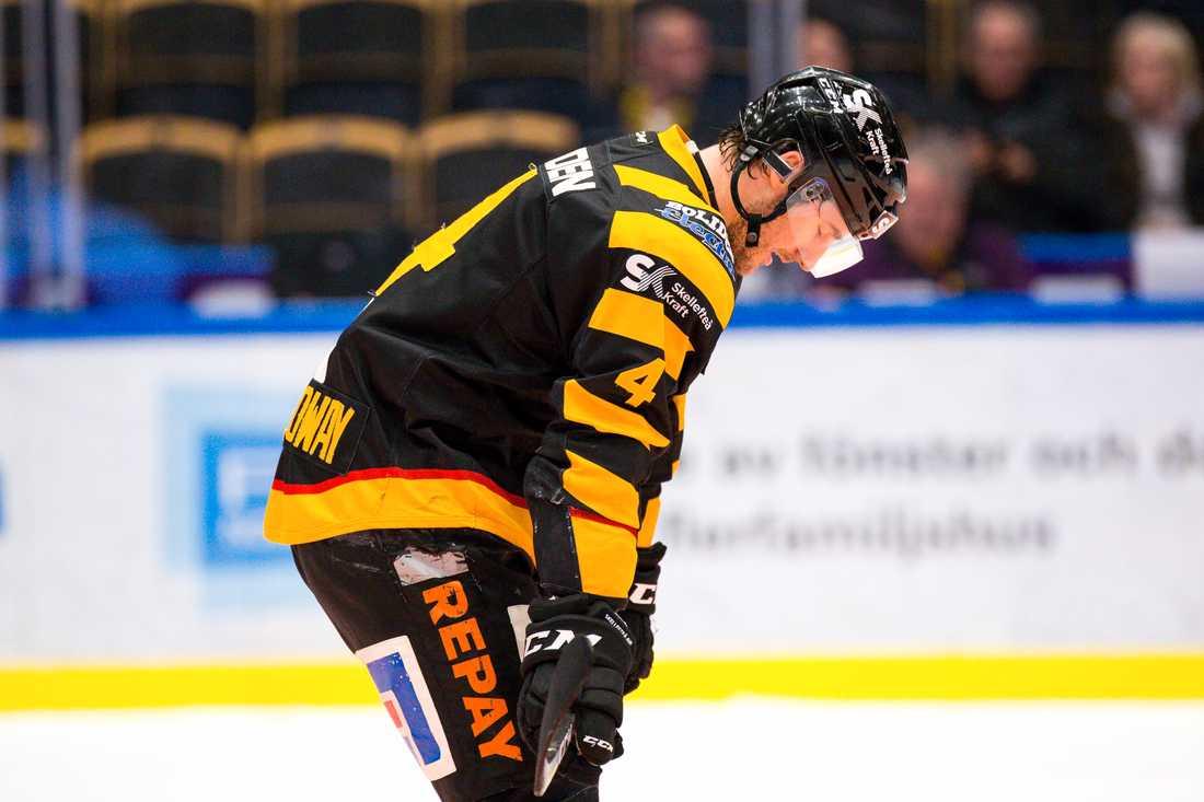 Frågan är om Skellefteå vågar satsa på Bud Holloway nästa säsong, skriver Hans Abrahamsson.