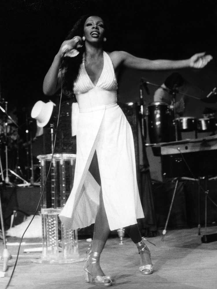 Donna Summer på scen 1978.