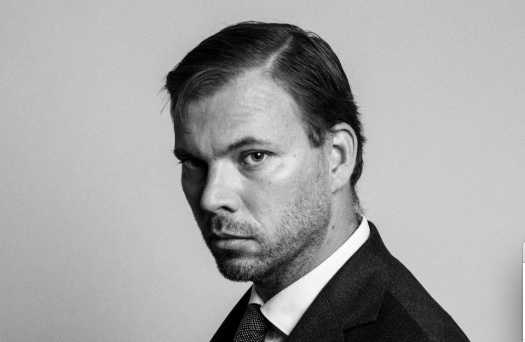 Advokat Mikael Fredblad menar att polisernas ingripande mot hans klient Johan, som drabbats av ett epilepsianfall, saknar proportioner.