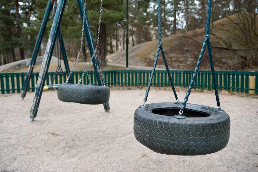 En man har gripits misstänkt för att ha onanerat vid barn i en lekplats i Malmö. Arkivbild, från en annan lekplats.