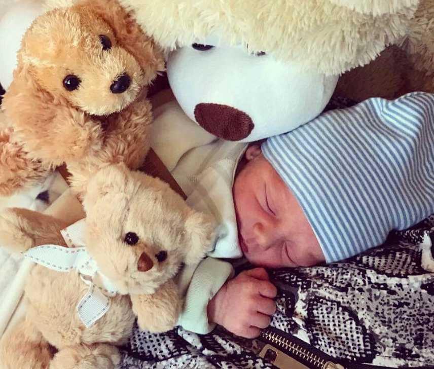 Sofia födde sin son utan att veta om att hon var gravid. Här är han som nyfödd.