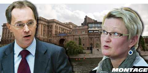 """""""Har nått en gräns"""" """"Vi har haft en öppen famn för att regeringen ska resonera"""", säger Carina Moberg, gruppledare för S i riksdagen. Men Gunnar Axén (M) hävdar att oppositionens två förslag är väldigt illa beredda."""