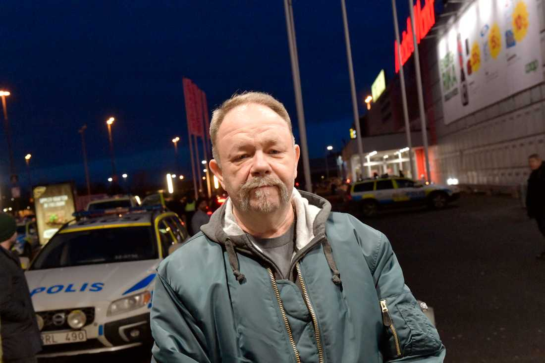 Torbjörn Forsberg jobbar som väktare på Coop Bäckebol, men var ledig i dag.