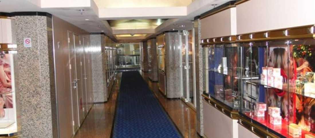 Taxfreeaffärer från då Ocean Gala var kryssningsfartyg.
