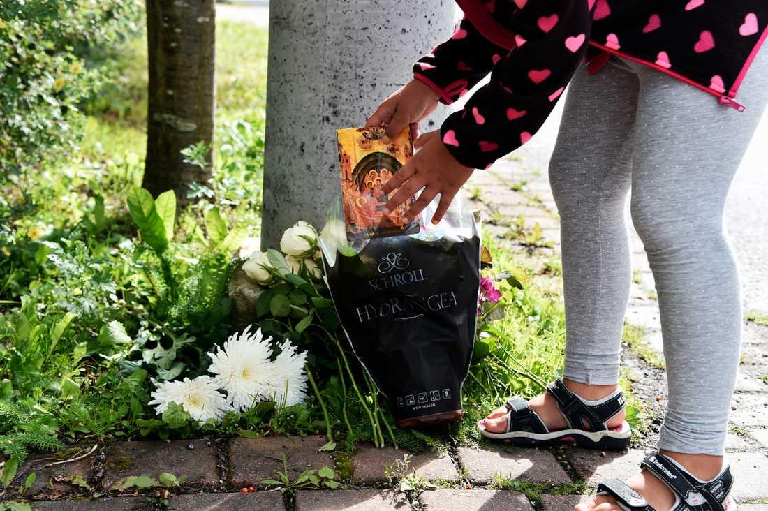 Dagen efter den 7-åriga flickan död.