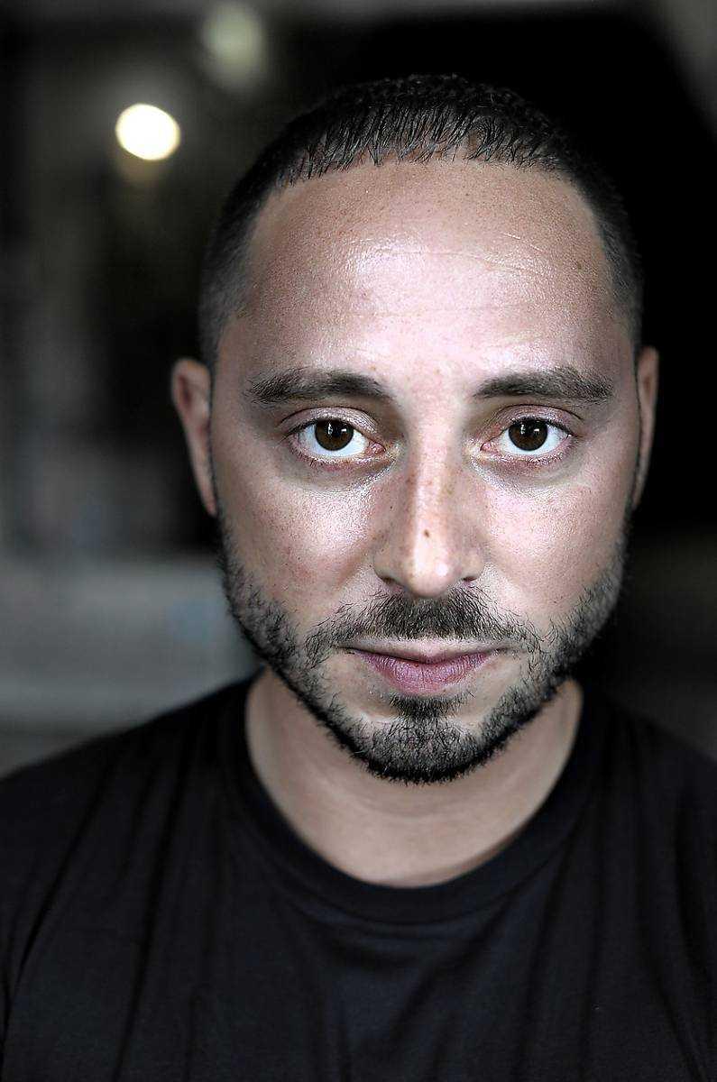 Skådespelaren Matias Varela tycker att kommersiell film förfördelas på Guldbaggen.