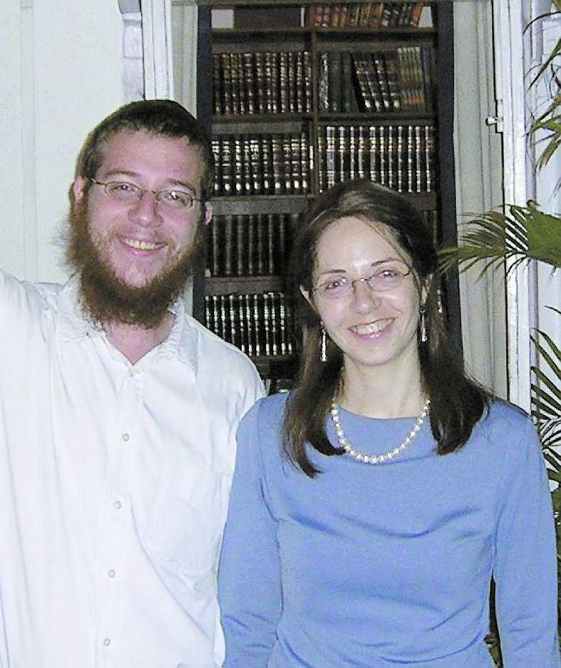 Föräldrarna Rabbi Gavriel Holtzberg och hans hustru Rivka blev två av terroristernas dödsoffer.