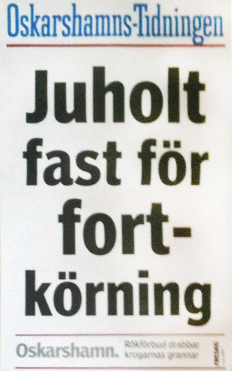 – Jag har kört för fort tre gånger, alla tre i samband med valrörelser, säger Håkan Juholt. (Här en löpsedel från Oskarshamns-Tidningen 2005.)
