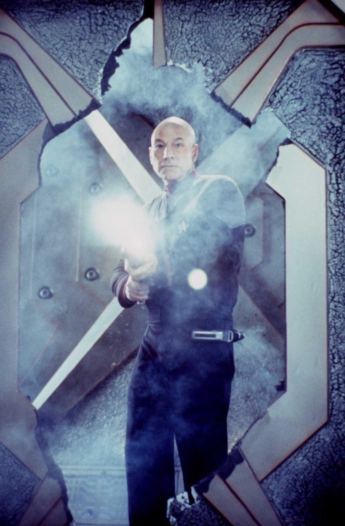 "Patrick Stewart som kapten Jean-Luc Picard i ""Star trek: Nemisis"" från 2002. Pressbild."