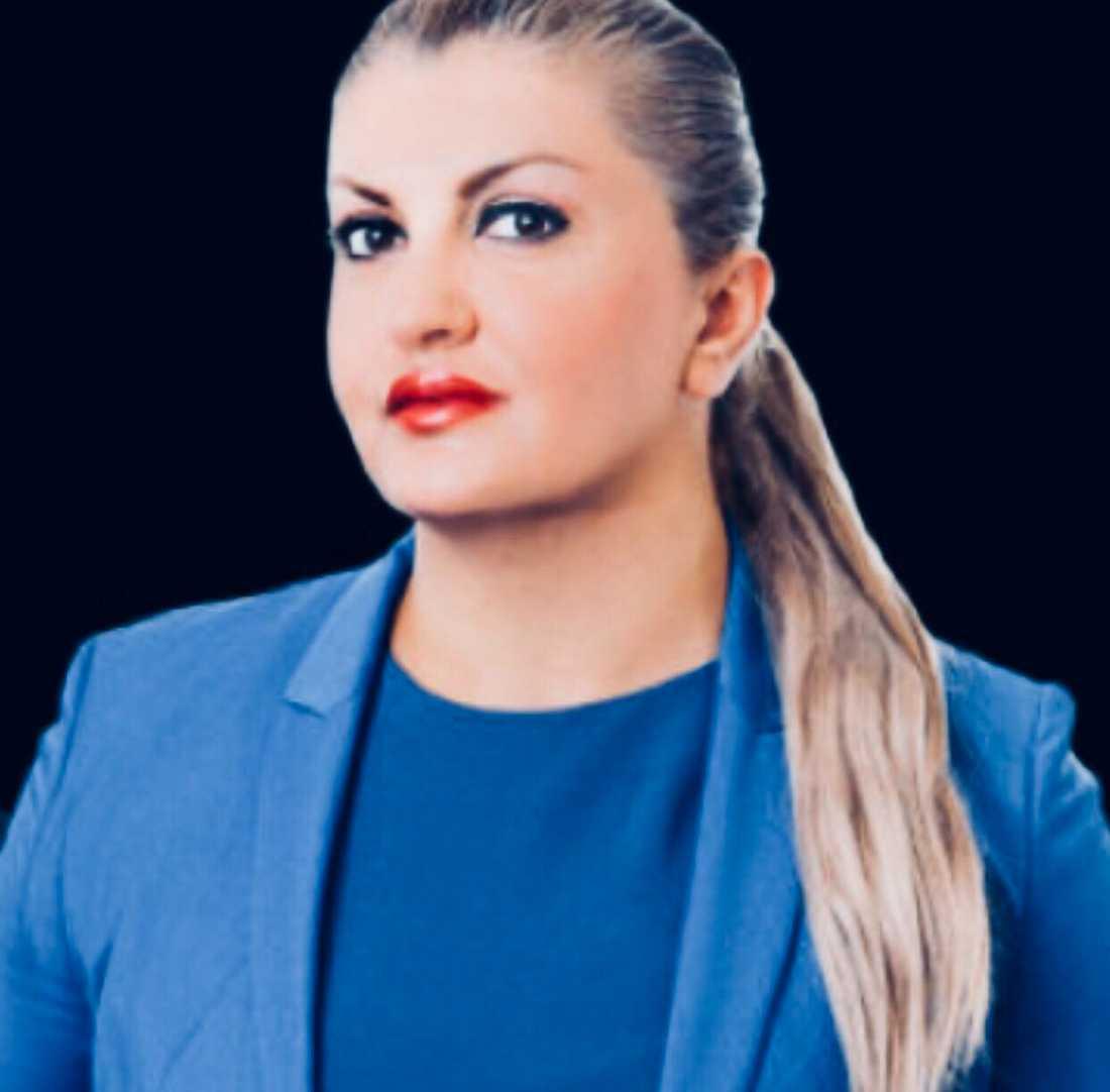 Försvarsadvokaten Baharak Vaziri ligger bakom Libra.
