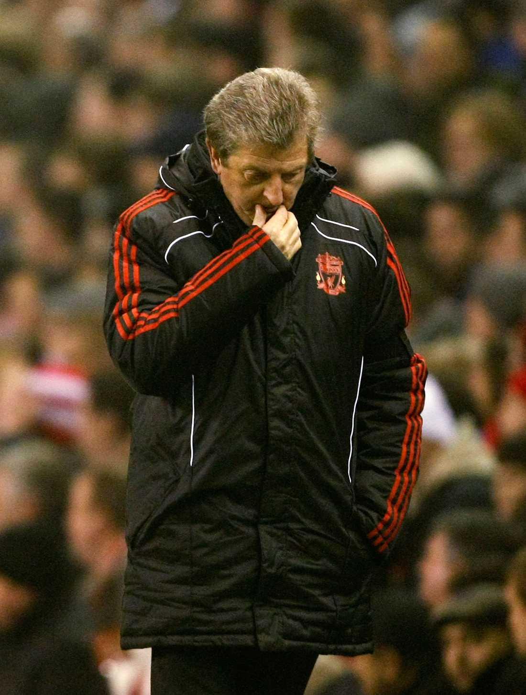 8 januari 2011: Roy Hodgson sparkas från Liverpool.