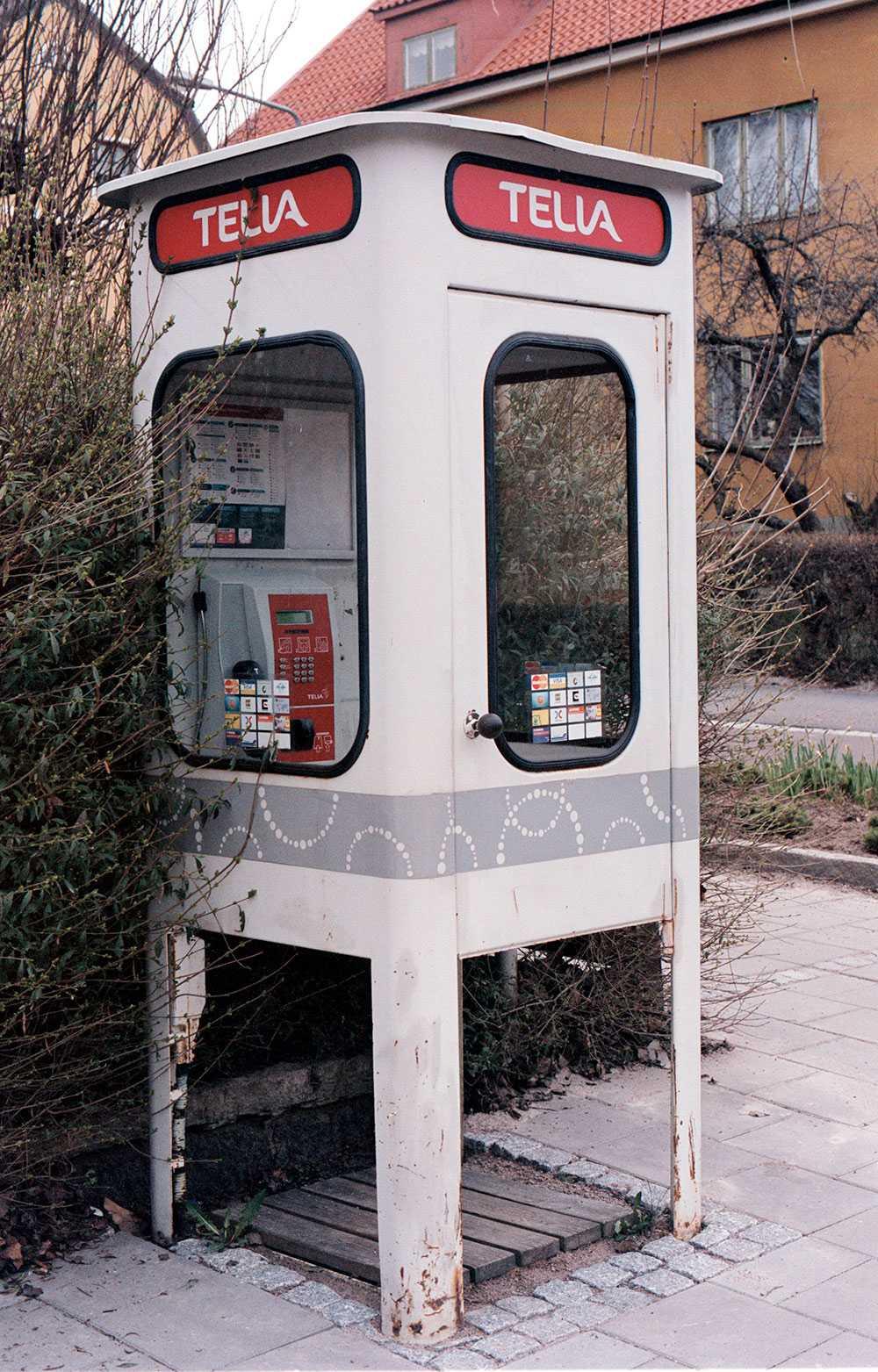 En telefonkisk i Linköping 2002