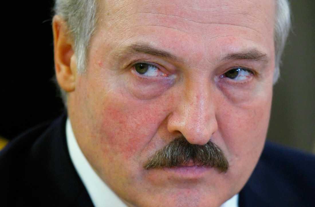 Tre kritiker av Vitrysslands president Aleksandr Lukasjenko försvann 1999. En före detta polis säger till tyska public servicebolaget Deutsche Welle att han var närvarande när de tre mördades. Arkivbild.
