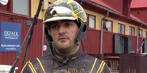 Marc Elias efter galoppen med Harran Boko.