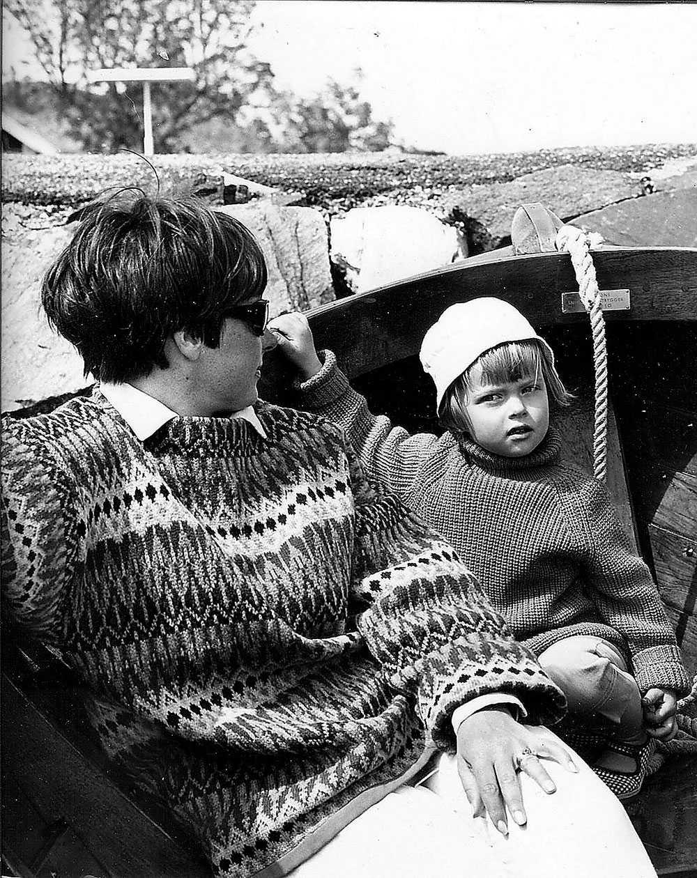 Anna tillsammans med sin mamma, Margareta Toss.