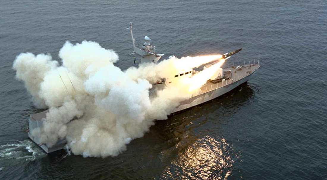 Robot 15 avfyras från svenskt örlogsfartyg