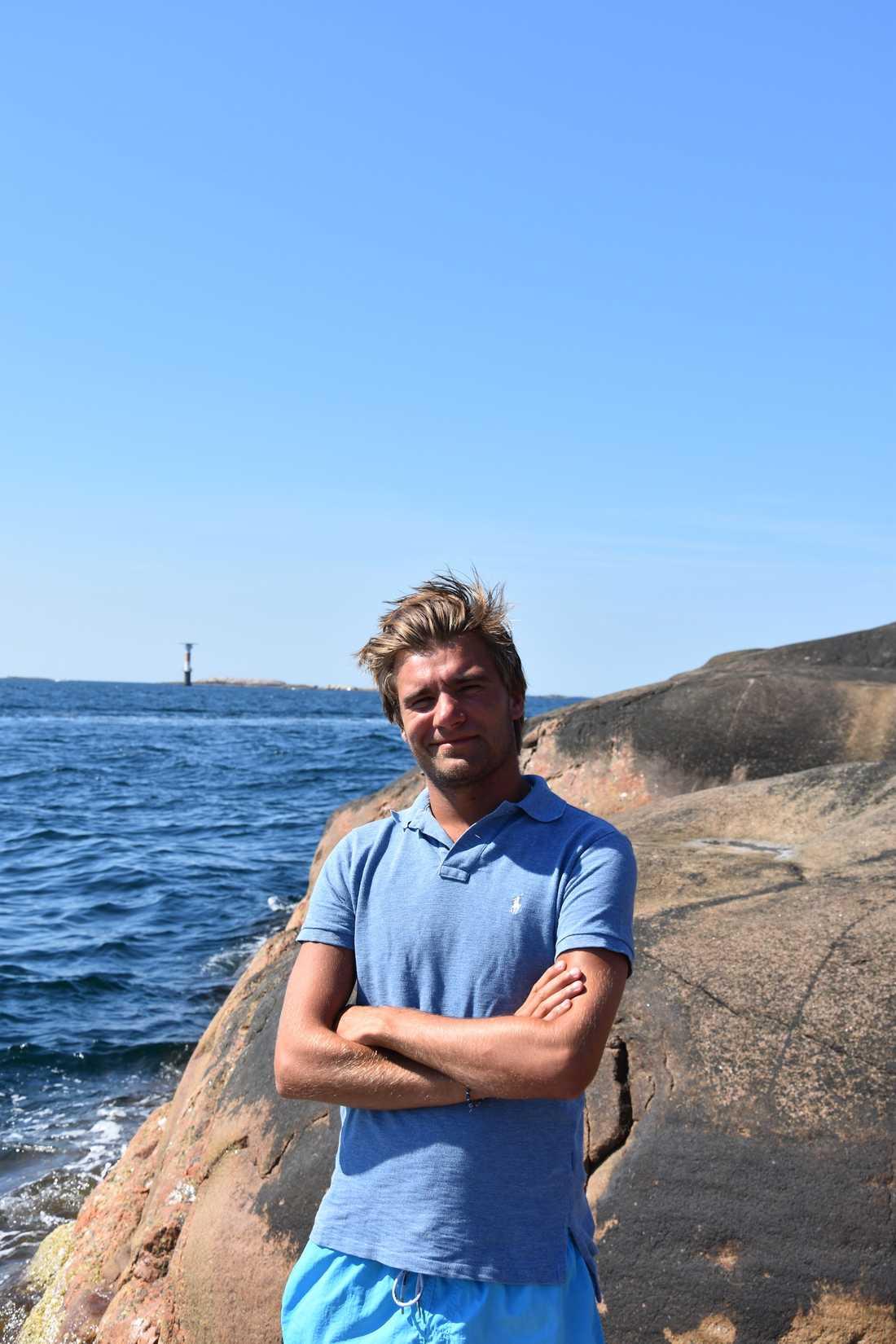 Mattias Jonsson, 25, fiskade upp rekordhajen.