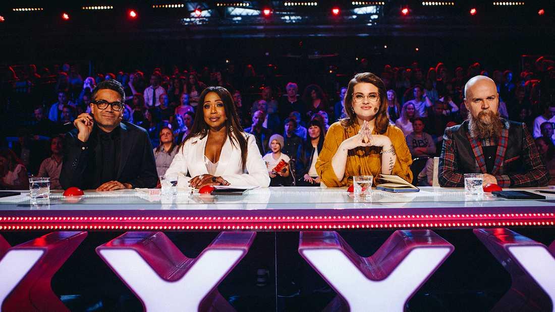"""David Batra, LaGaylia Frazier, Kakan Hermansson och Alexander Bard sitter i juryn för """"Talang""""."""