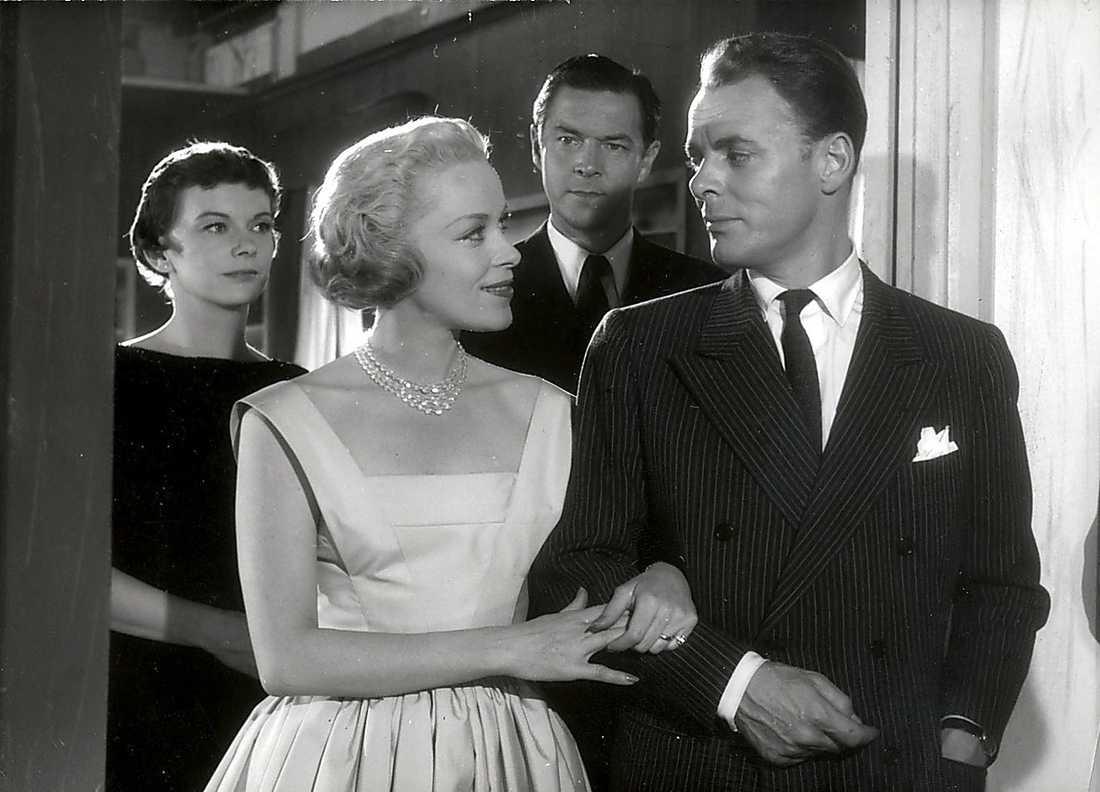 DAMEN I SVART Film från 1958 med bland andra Sven Lindberg.