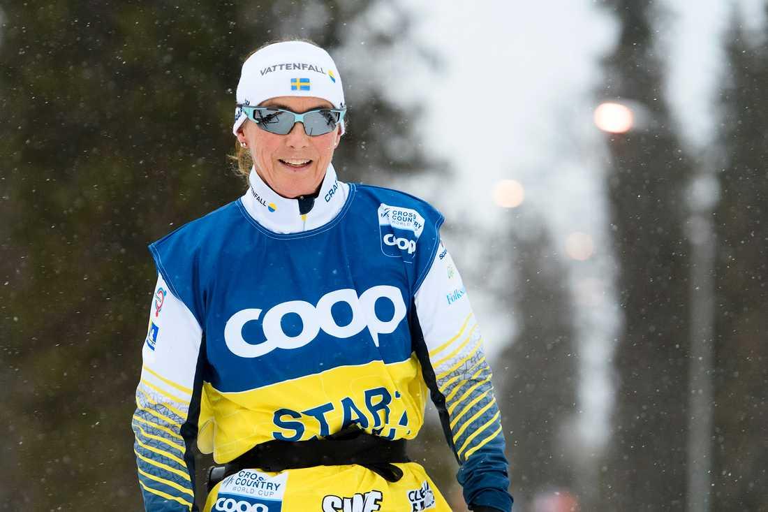 Annika Zell väljer att hoppa av som tränare i damlandslaget