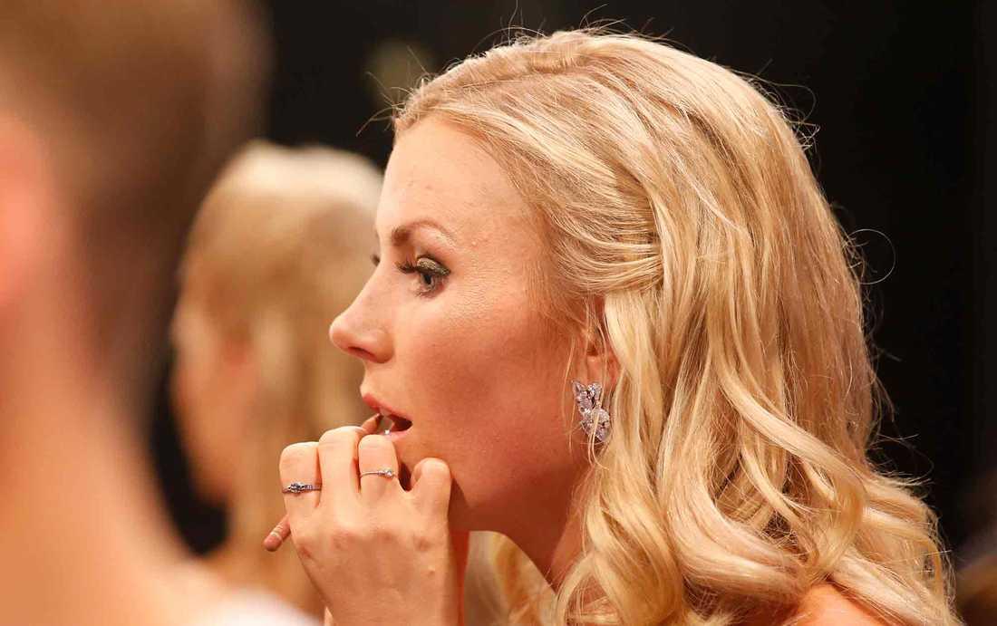 Känslorna svallade för Elisa Lindström efter sista dansen.