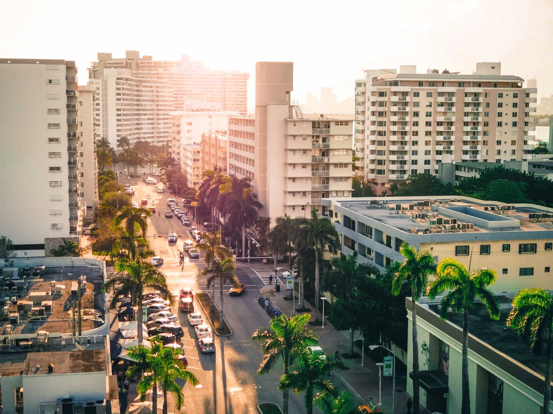 Miami passar den som vill ha både storstad och strandhäng.
