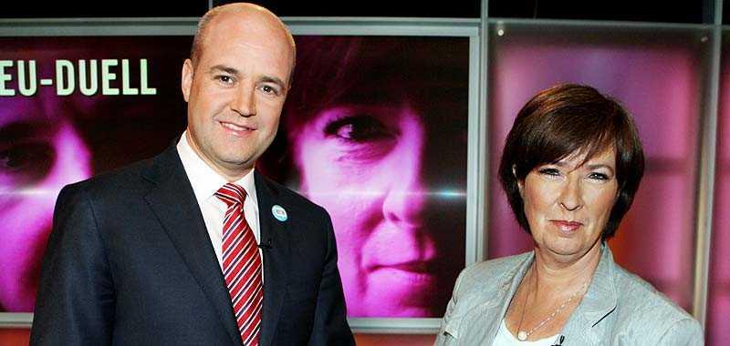 Den senaste Sifo-mätningen visar att Fredrik Reinfeldts parti moderaterna har tappat drygt 1 procent. Därför väntas Mona Sahlins socialdemokraterna vinna matchen mellan storpartierna.