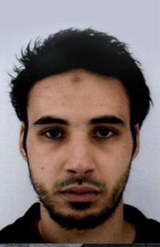 Chérif Chekatt, 29, jagas för dådet i Strasbourg.