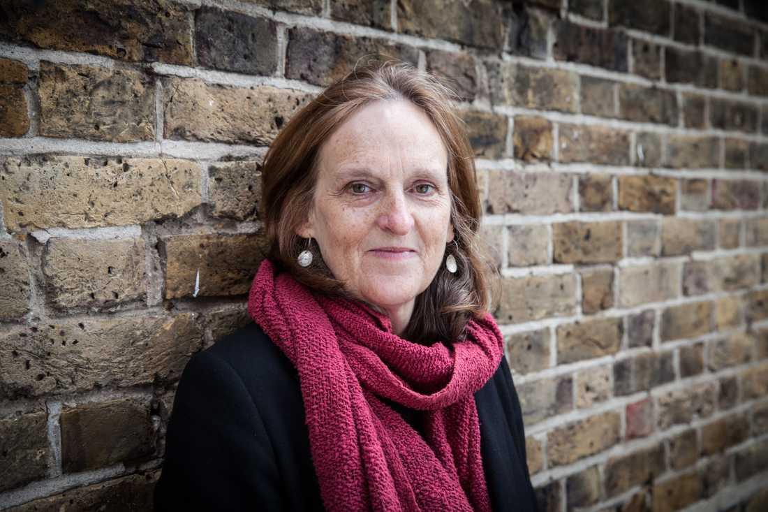 """Tessa Hadleys """"Sent på dagen"""" är hennes andra roman på svenska."""