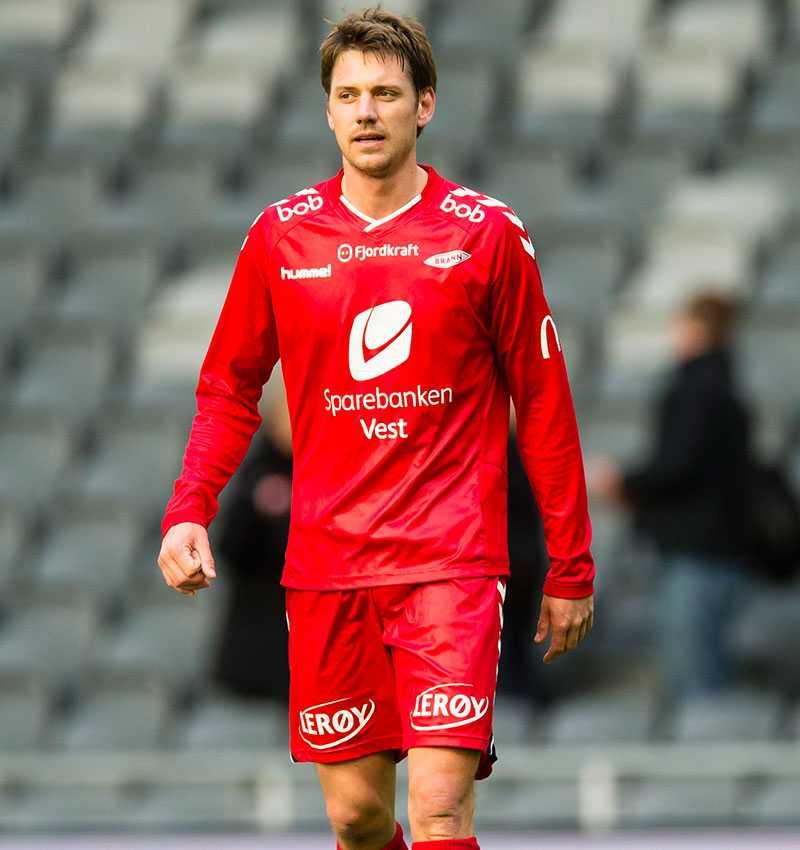 Jakob Orlov i Brann mot hans nya klubb Hammarby i en träningsmatch 28 mars 2015.