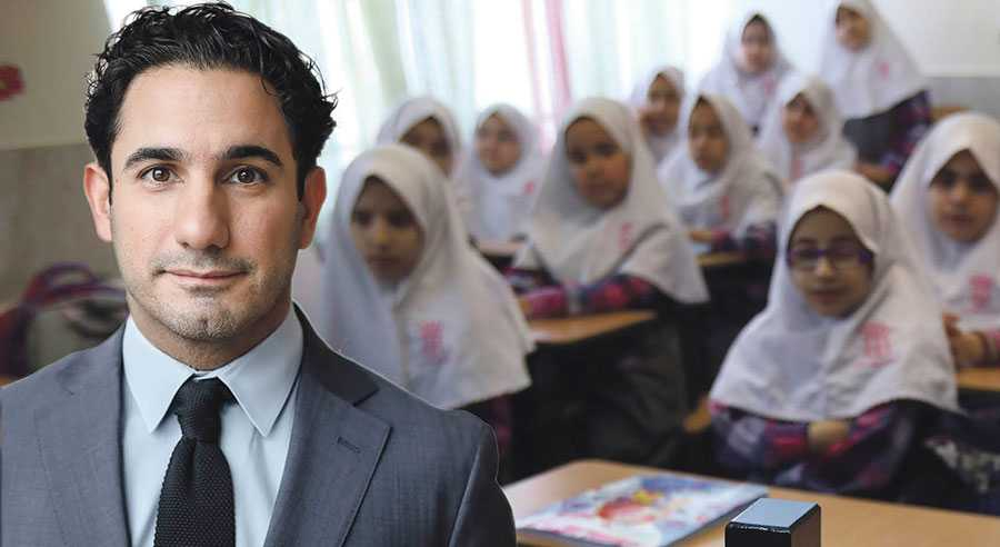 Jag minns den dagen då min förskola könssegregerades. Det var omöjligt att missa, skriver Ardalan Shekarabi. Bilden är från en skola i Iran. OBS montage.