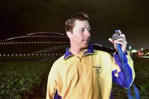 ...men med lite distans var J-O nöjd med silvermedaljen.