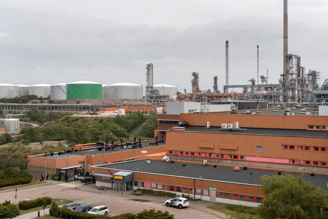 Preems raffinaderi vid Brofjorden, norr om Lysekil i Bohuslän. Arkivbild.