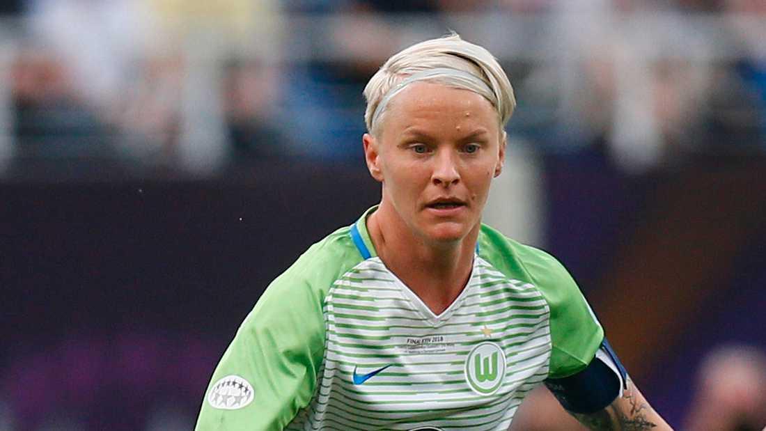 Nilla Fischer är nära en ny Bundesligatitel med sitt Wolfsburg, innan hon lämnar Tyskland för återkomsten i Sverige och Linköping. Arkivbild.