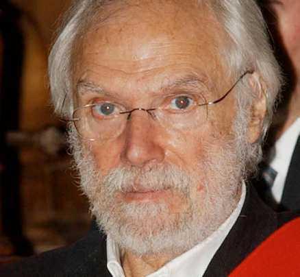 """Moustaki mottog pris år 2003 för """"livslångt arbete inom film och musik""""."""