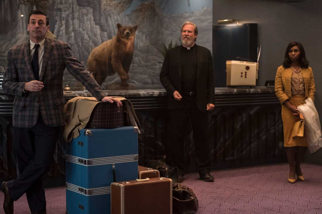 Jon Hamm, Jeff Bridges och Cynthia Erivo checkar in.