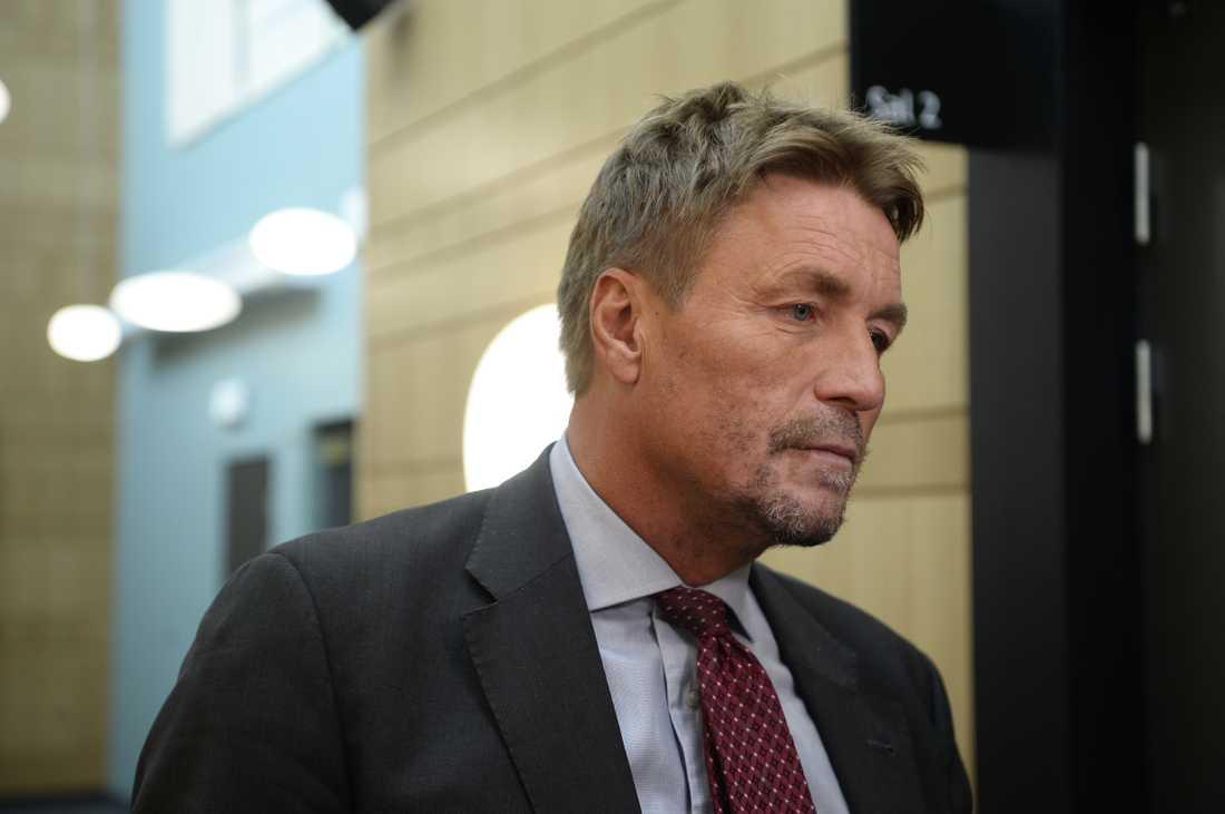 Thomas Bodström företräder den döde mannens anhöriga.
