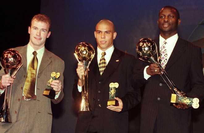 Tyvärr Alan Shearer och George Weah. Ni var bra, men 1996 var unge Ronaldo bäst i världen enligt Fifa.