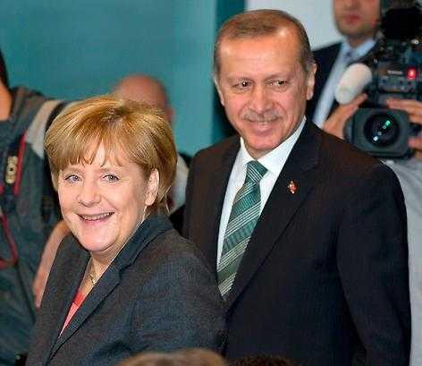 Merkel & Erdogan.
