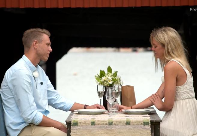 """Pelle och Karin under sin slutdejt i """"Bonde söker fru""""."""