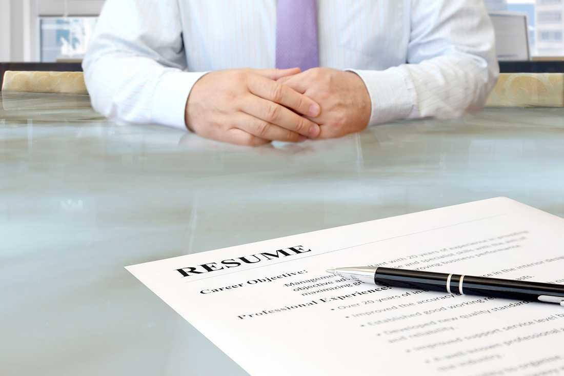 När det är dags att söka jobb, dubbelkolla att CV:t inte innehåller stavfel.