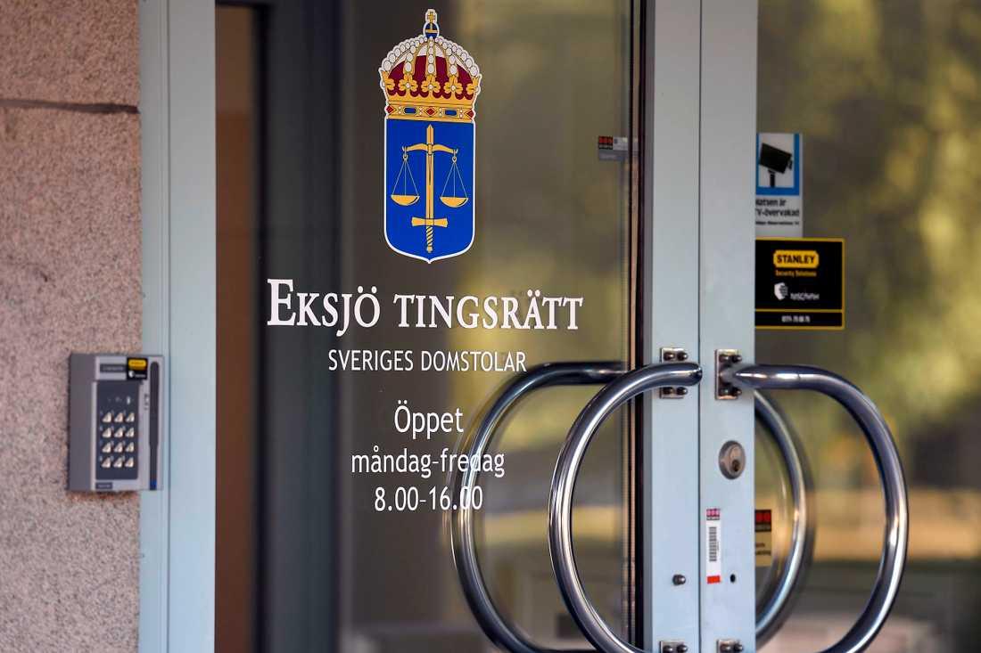 38-åringen häktas vid tingsrätten i Eksjö.