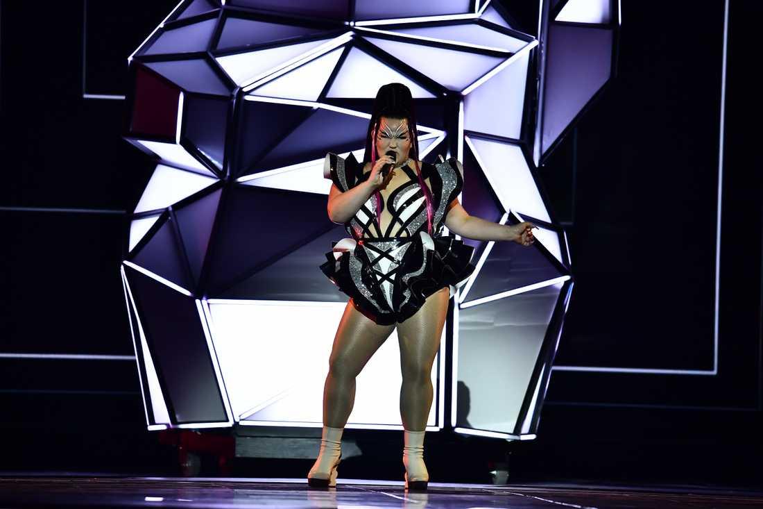 """""""Look at me I'm a beautiful creature, det var vad det var, jag skäms inte för någonting"""", säger Netta Barzilai om sitt öppningsnummer i Eurovision song contest."""