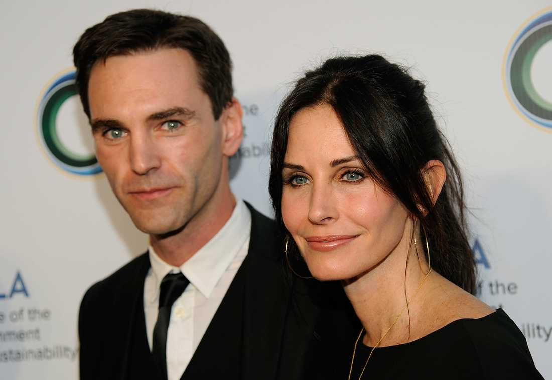 Courteney Cox med pojkvännen Johnny McDaid.