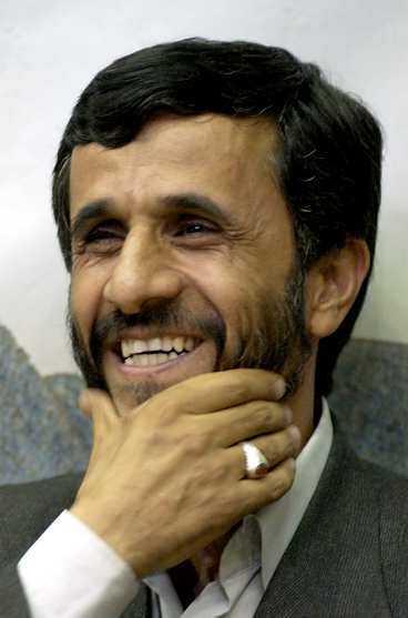 Amerikansk gisslan från ambassaddramat 1979 hävdar att nya presidenten Mahmoud Ahmadinejad ledde ockupationen.