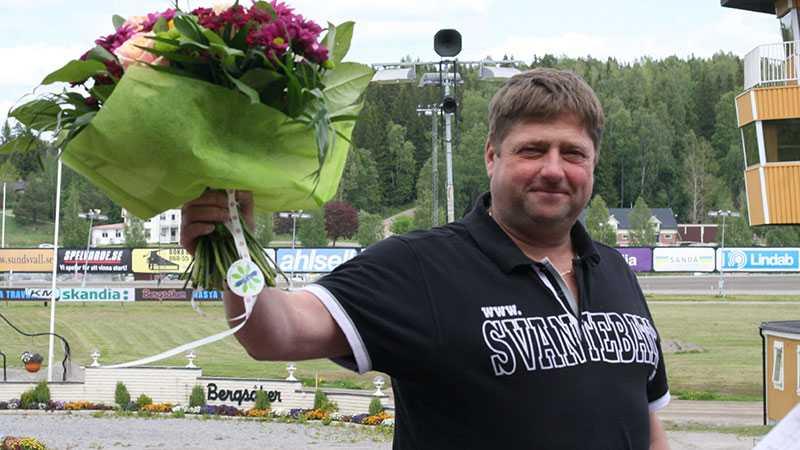 Nervös tränare Svante Båth avslöjar att han inte kommer se söndagens Derbyfinal där han har fyra hästar till start i loppet.