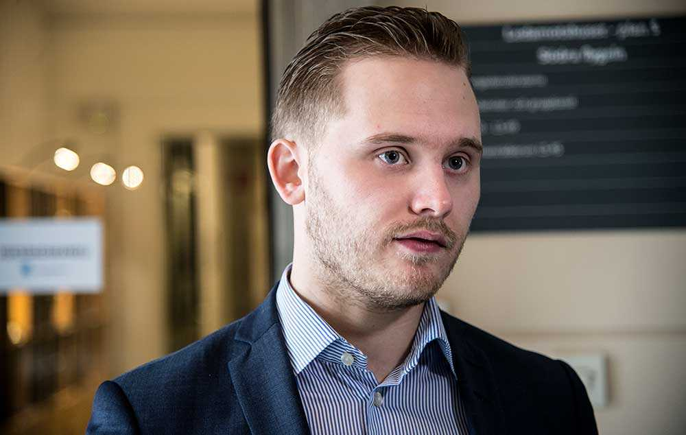 Sverigedemokraternas presschef Henrik Vinge.