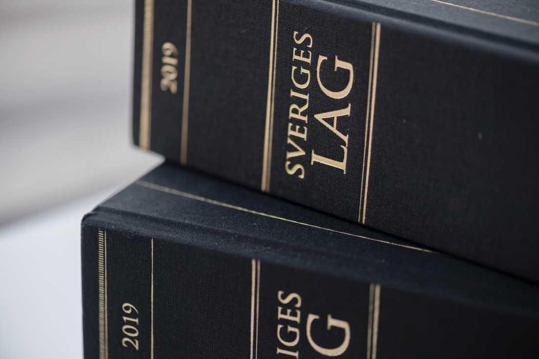 En man i 20-årsåldern döms till åtta års fängelse för bland annat försök till mord. Arkivbild.